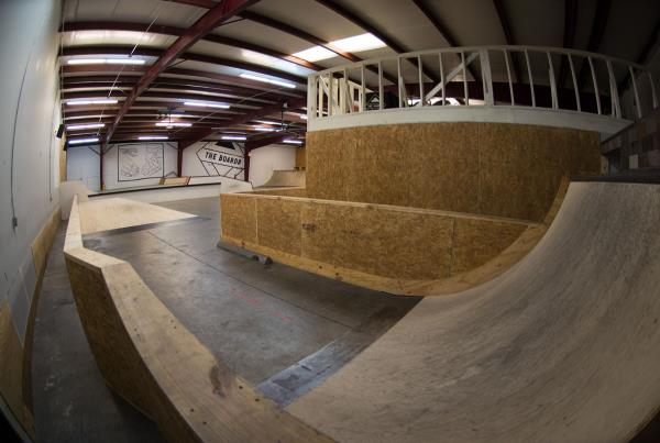 A Tour of The Boardr Store and Facilities in Tampa - Hip Run Up