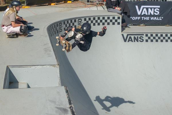 Vans Park Series Sydney - Sockie Frontside Air