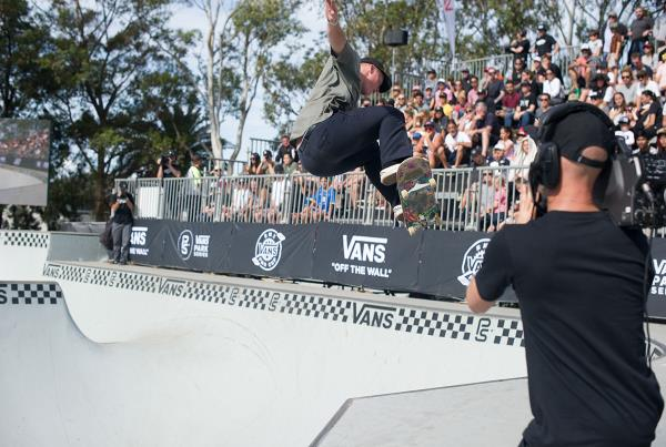 Vans Park Series Sydney - Tail Smack Coming