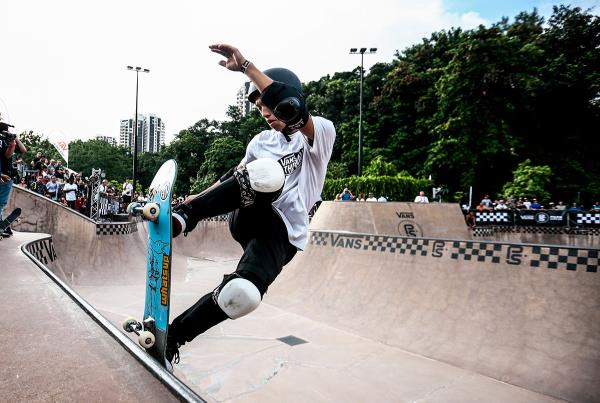 VPS Singapore - Front Blunt