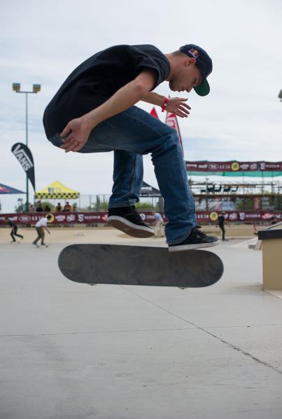 Sewa Kroetkov Hardflip on Flat