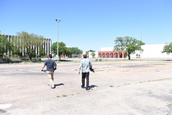 Road Life - Abandoned