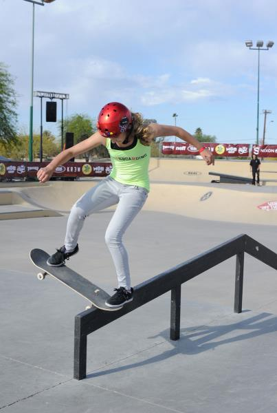 Alana Smith Skateboarding at Phoenix Am