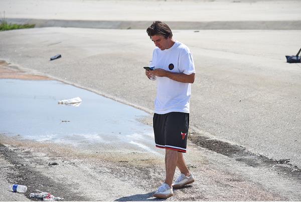 Street Fight - Texting