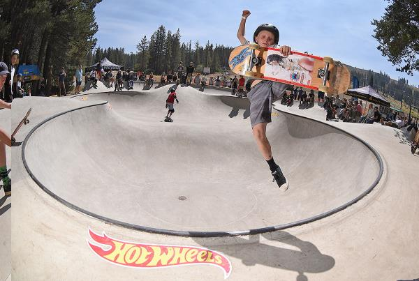 HWJS at Tahoe - Boneless.
