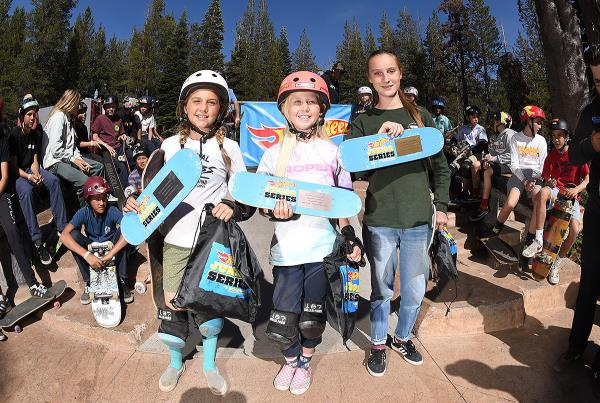 HWJS at Tahoe - Skateboarding Street Women's.
