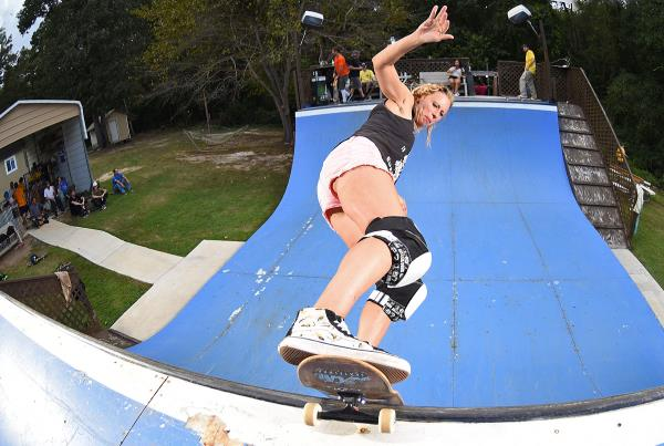 Collins Compound - Rock to Fakie.