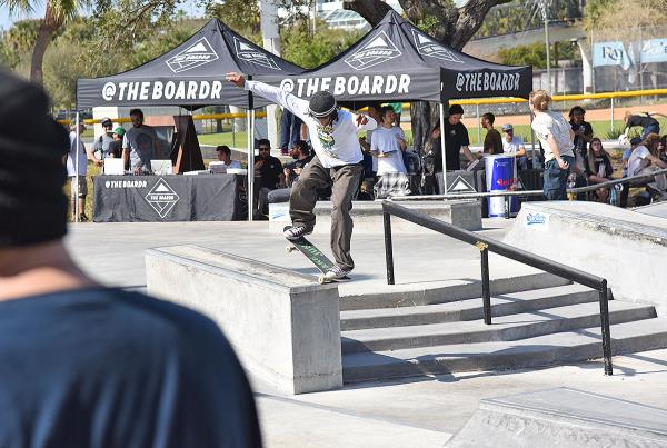 GFL at St. Pete - Nose Grind.