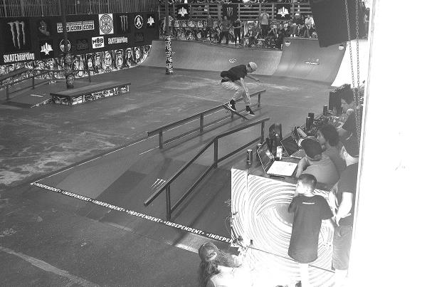 Tampa Pro 19 - Flick Front Crook.