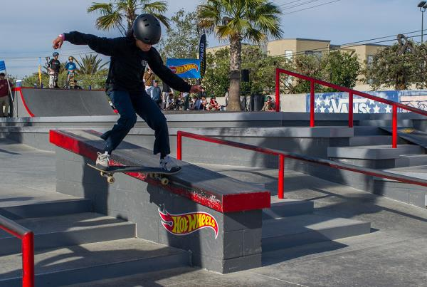 HWJS at Huntington - Julian De Palma Noseslide