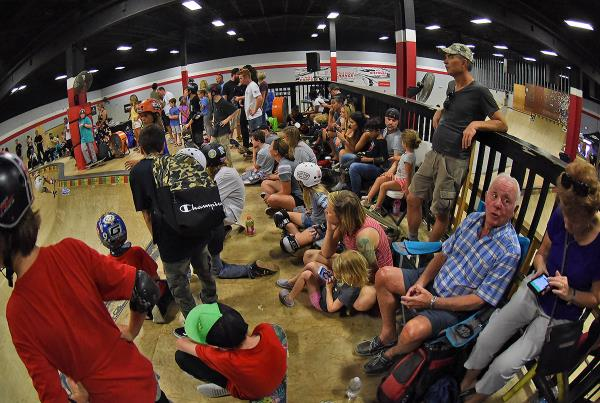GFL Fort Lauderdale - Heavy Crowd