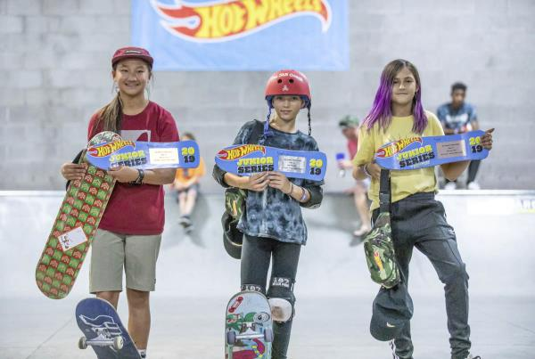 HWJS at Phoenix - Top 3 Street Street Women's.