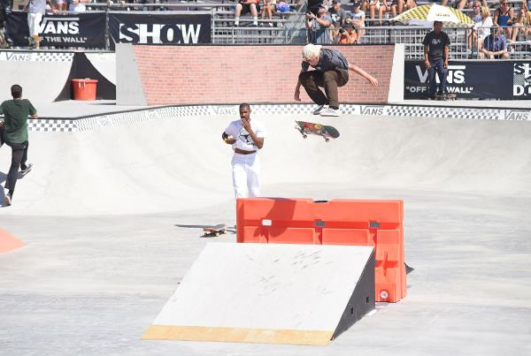 Vans Showdown 2019 - V Flip.