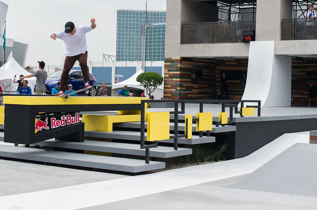 Jordan Hoffart in Street League