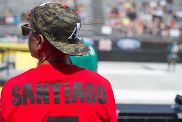 Felix Supports Manny Santiago