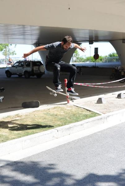 Paul Zitzer Ollie Impossible in Shanghai