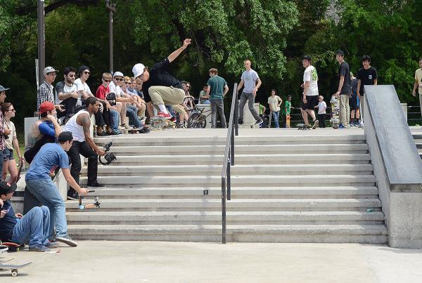 TWS CUT Austin Impromptu Skateboard Contest