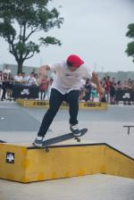 The bump gap to crooked grind was a popular move.  That's Ke Chia En.