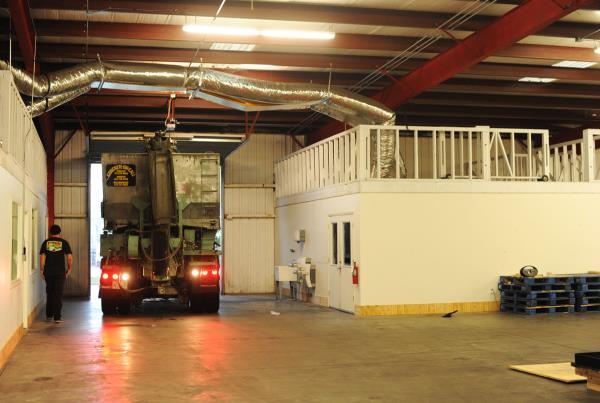 The Boardr TF Ledge Construction Concrete Truck In