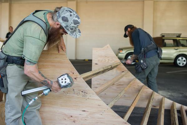 Big Al and Mean Gene Zappos Construction