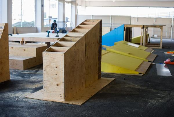 Zappos Ride Shop Series Construction