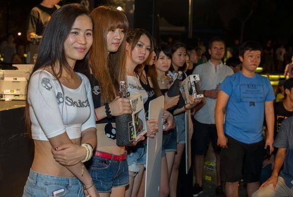 Damn Am Shanghai Trophy Girls
