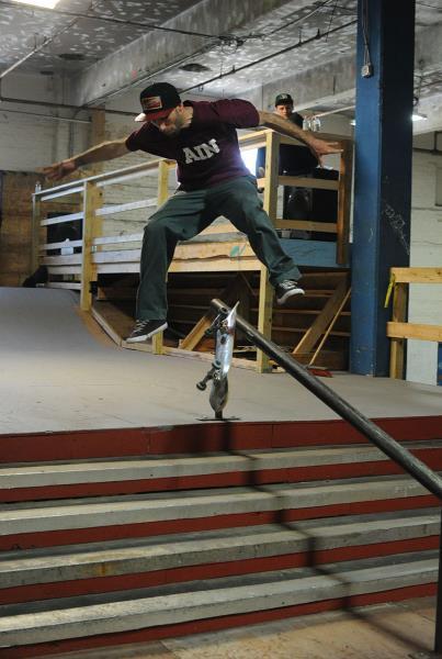Anthony Shetler Varial Heelflip Boardslide