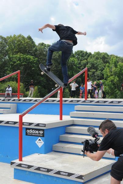 Chad Poore Front Blunt Kickflip at Skate Copa Atlanta