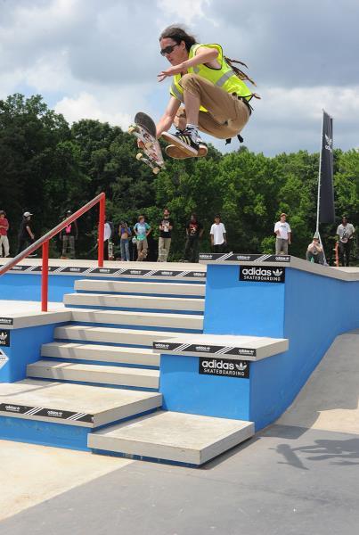 Fingerflip Boneless at Skate Copa Atlanta