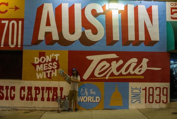 Tourist Photo Porpe in Downtown Austin
