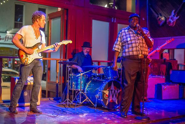 Friends Bar Big John in Downtown Austin