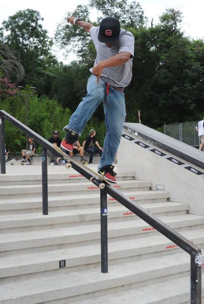 Garrett Young Frontside Noseblunt at Skate Copa Austin