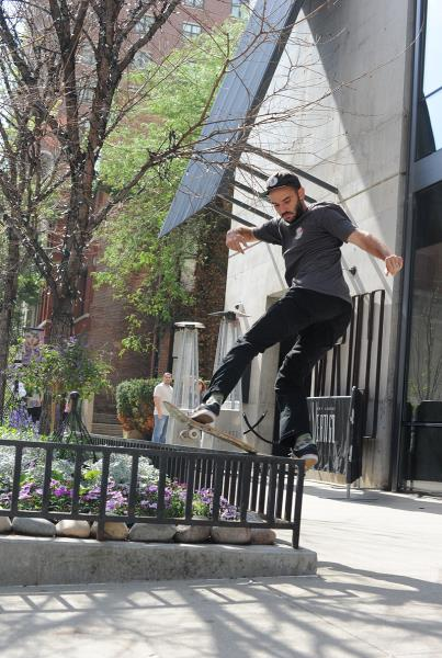 HiDefJoe Front Board in Chicago