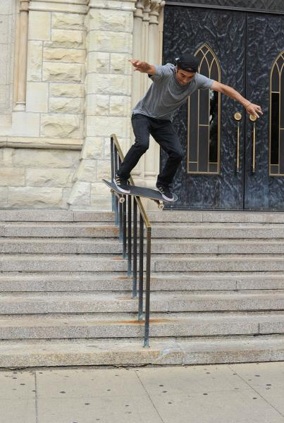 Rob Meronek Caveman Boardslide in Chicago