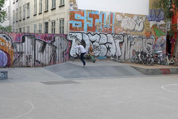 Copenhagen Basketball Skatepark Clements Boneless