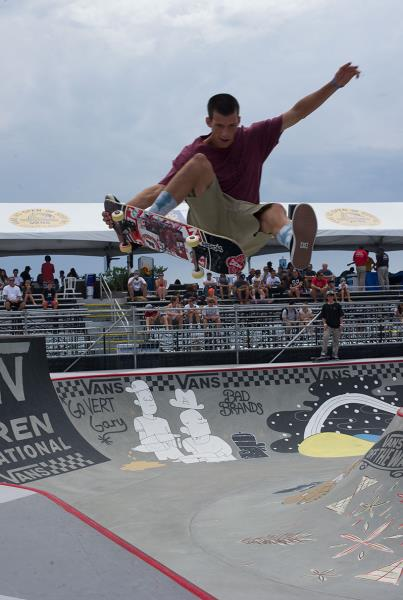 Alex Brunelle One Foot Tail Grab Van Doren Invitational