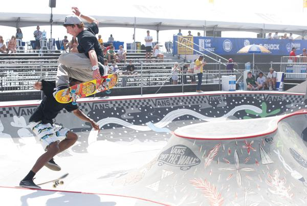 Collision at Van Doren Invitational