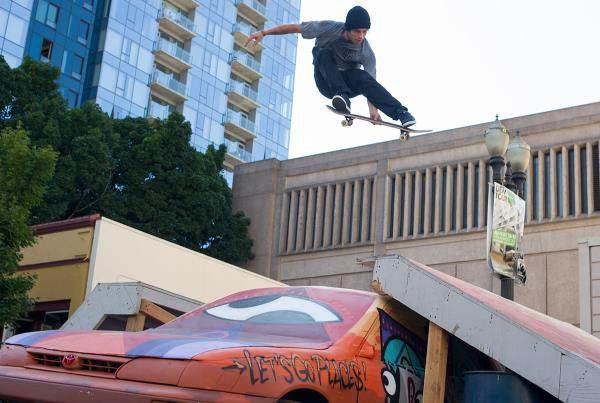 Nick Merlino Meron Grab at Dew Tour Portland
