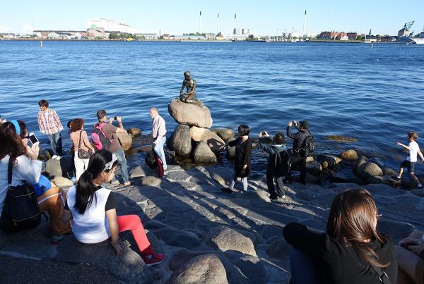 Little Mermaid Statue in Copenhagen