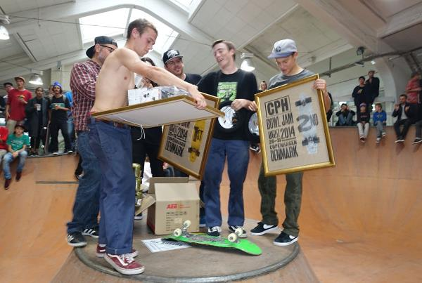 Chris Russell Cleanup at Copenhagen Bowl