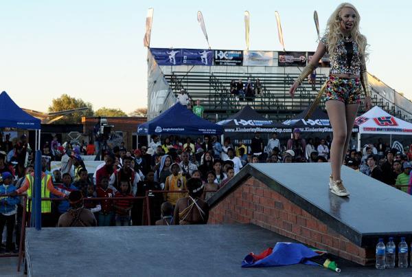 Music Performance at Kimberley Diamond Cup 2013