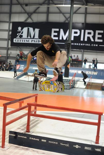Antoine Asselin Frontside Heelflip at Am Getting Paid