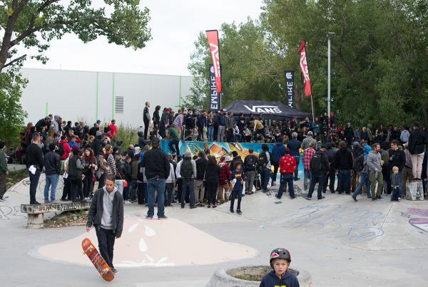 Vans Best Trick Crowd at Am Getting Paid