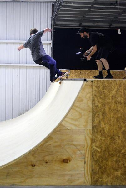 The First Mini Ramp Session at The Boardr Derick Glancy