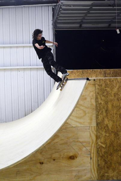 The First Mini Ramp Session at The Boardr Jereme Knibbs Sugarcane
