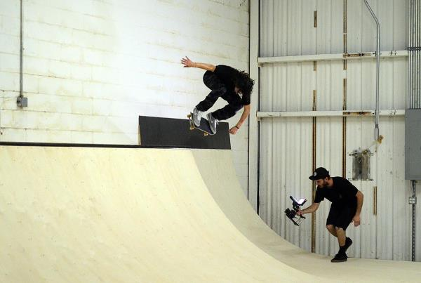 The First Mini Ramp Session at The Boardr Jereme Knibbs Off the Wall