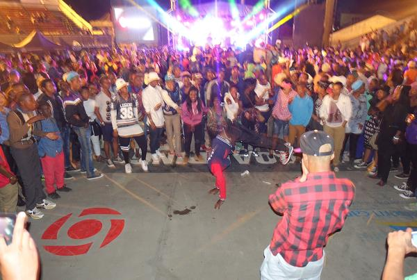 Dance Circle at Kimberley Diamond Cup 2014