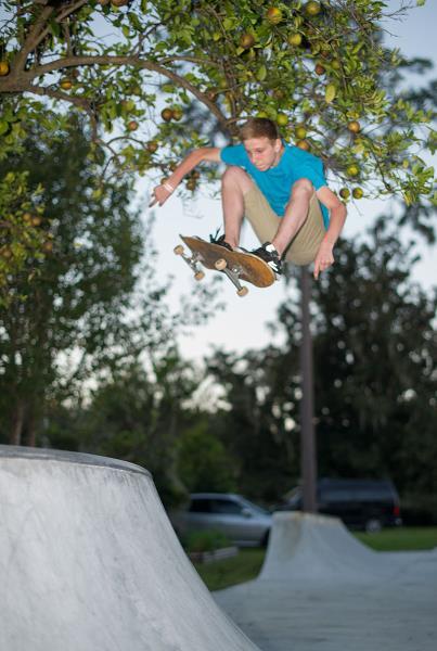 Alex Sandino Frontside Ollie