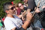 El Gato Signs Boards at Get Rad for Ray