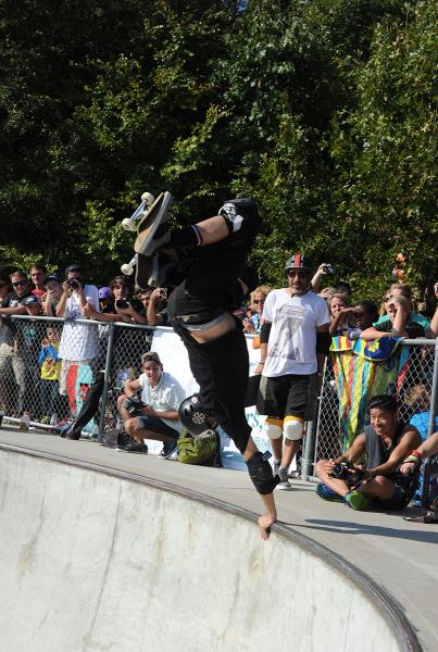 Tony Hawk Invert at Get Rad for Ray